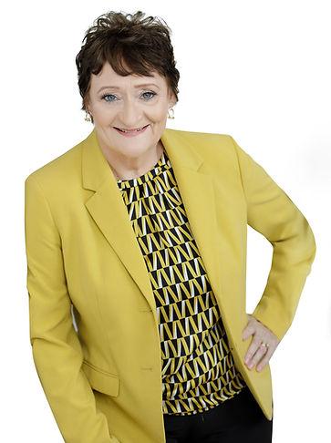 Ellen McIlhenny, Fractional CFO