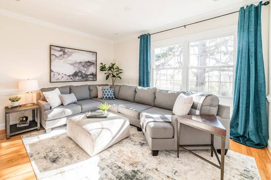 Retreat House - lounge