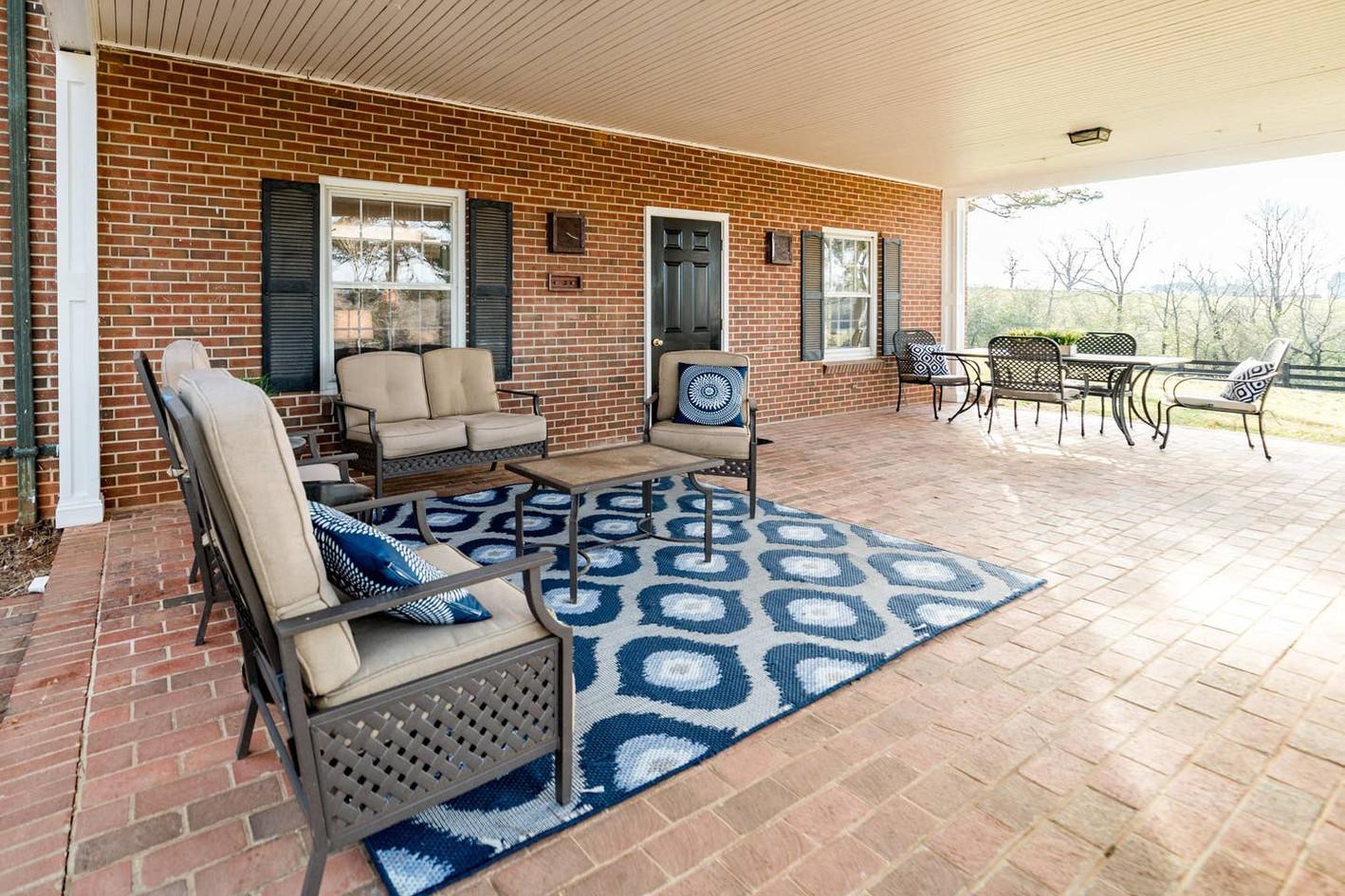 Retreat House - downstairs patio