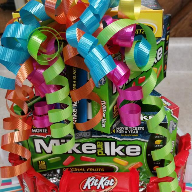"""Candy Bar """"Cake"""" Bouquet"""