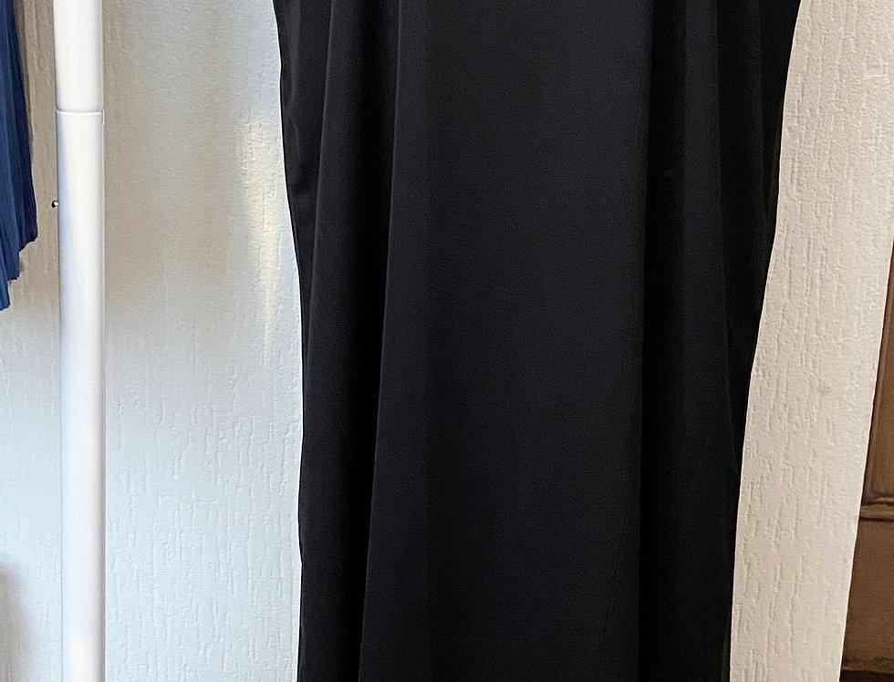 Black Sleeveless Abaya Slip Dress