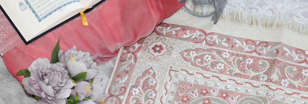 Red/Green Prayer Mat Luxury Janamaz