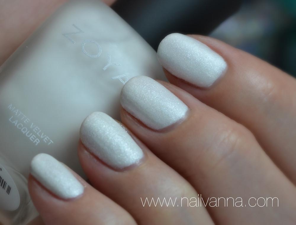 Nailvanna,nail polish reviews,lacquer,zoya,aspen,matte velvet,white