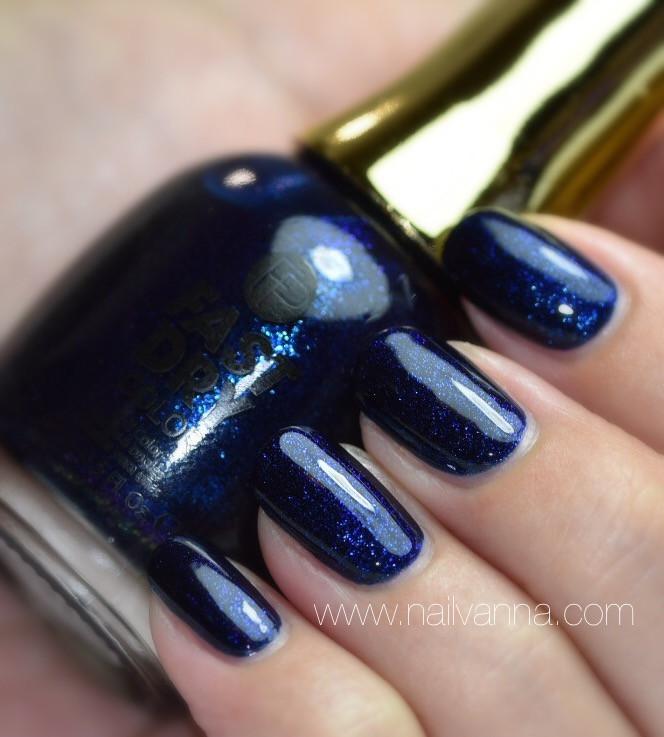 Nailvanna,nail polish eviews,lacquer,Finger Paints,Fathom Blue