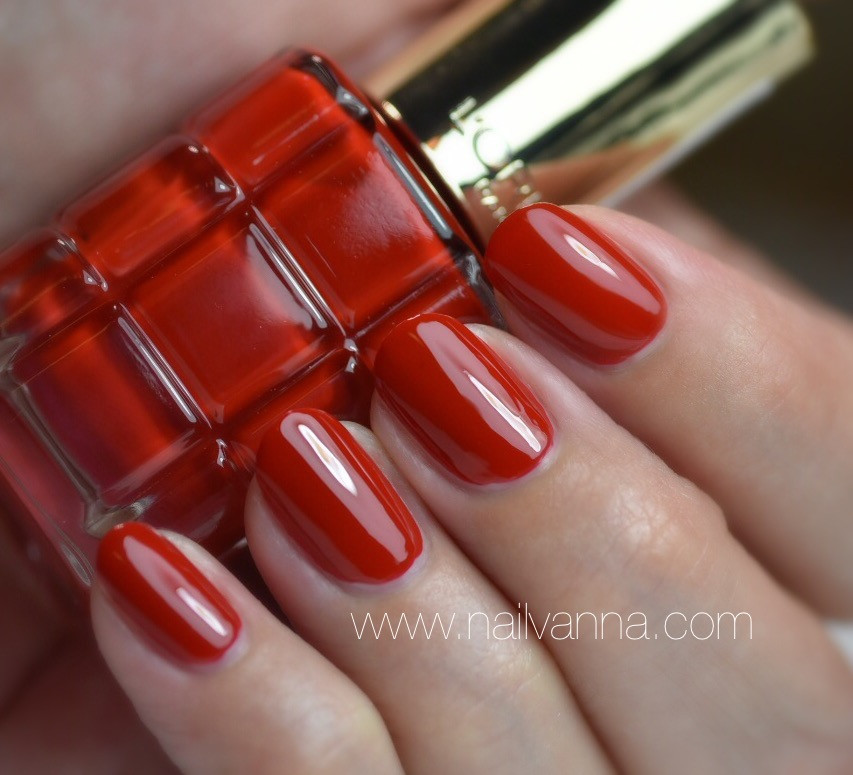 Nailvanna,nail polish reviews,lacquer,L'Oreal,Rouge Sauvage,red,