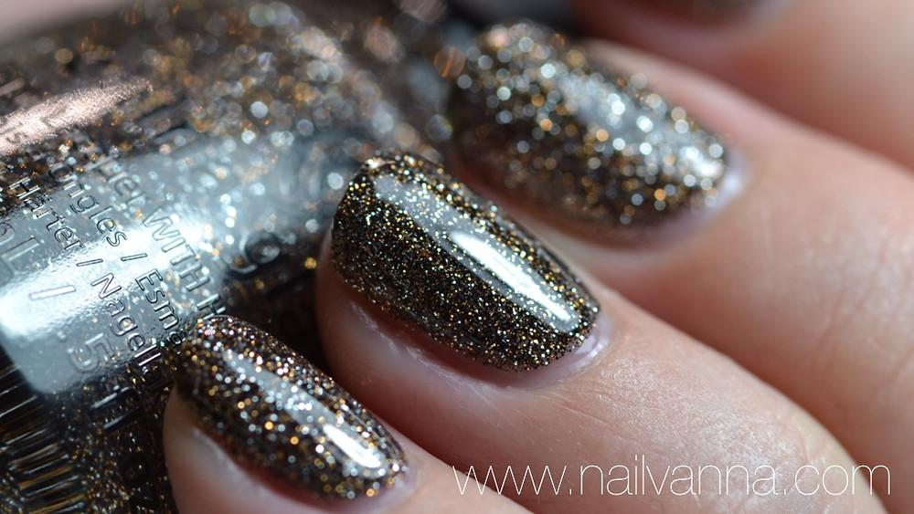 Nailvanna, lacquer,nail polish reviews,china glaze,boundry of memory,glitter