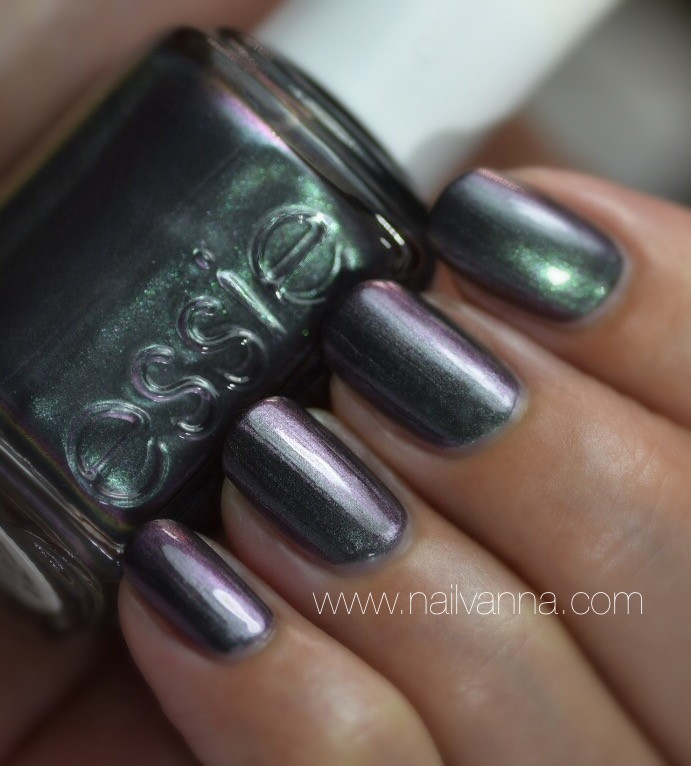 Nailvanna,nail polish reviews,lacquer,Essie,For The Twill Of It