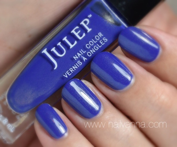 Nail polish Reviews,nailvanna,lacquer,julep,paule,blue,gold shimmer