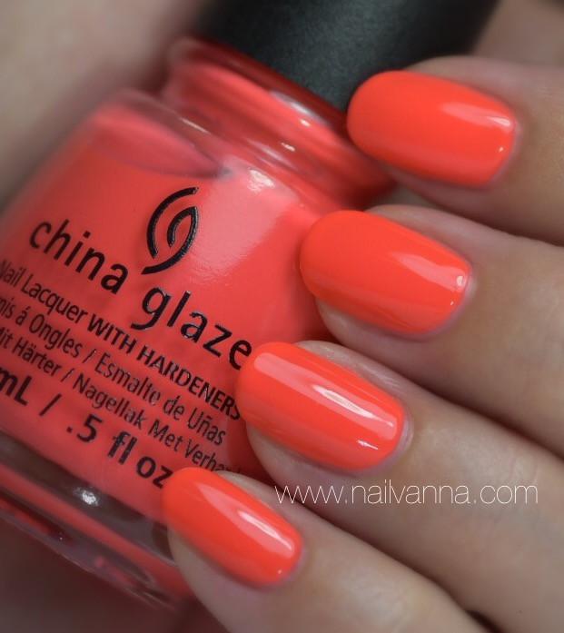 Nailvanna,nail polish reviews,lacquer,china glaze,red-y to rave