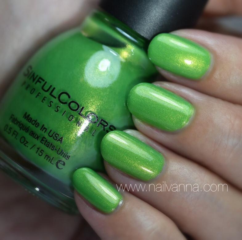 Nailvanna,nail polish reviews,laquer,Sinful Colors,Happy Ending,Green