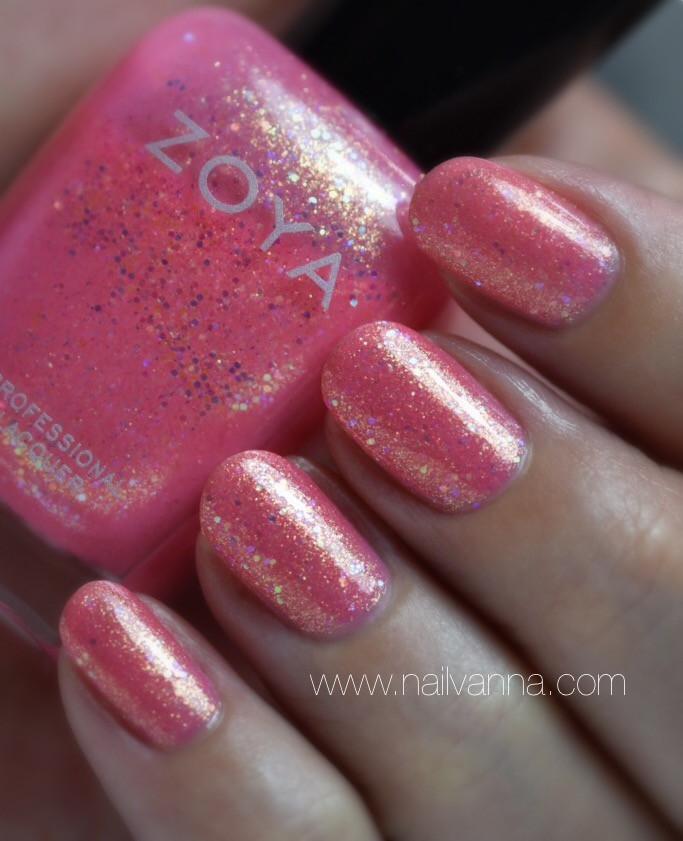Nailvanna,nail polish reviews,lacquer,Zoya,Harper,Pink,Glitter