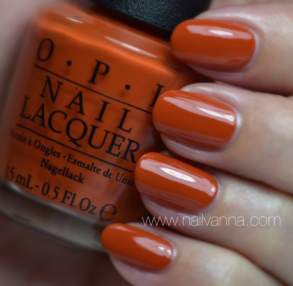 Nailvanna,nail polish reviews,lacquer,OPI,It's A Piazza Cake