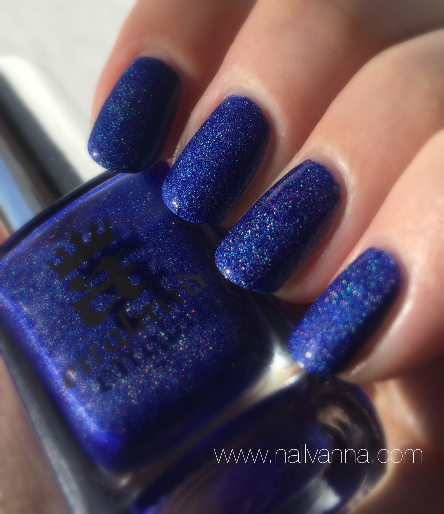Nailvanna,nail polish reviews,lacquer,a england,spirit of the moors,holographic blue