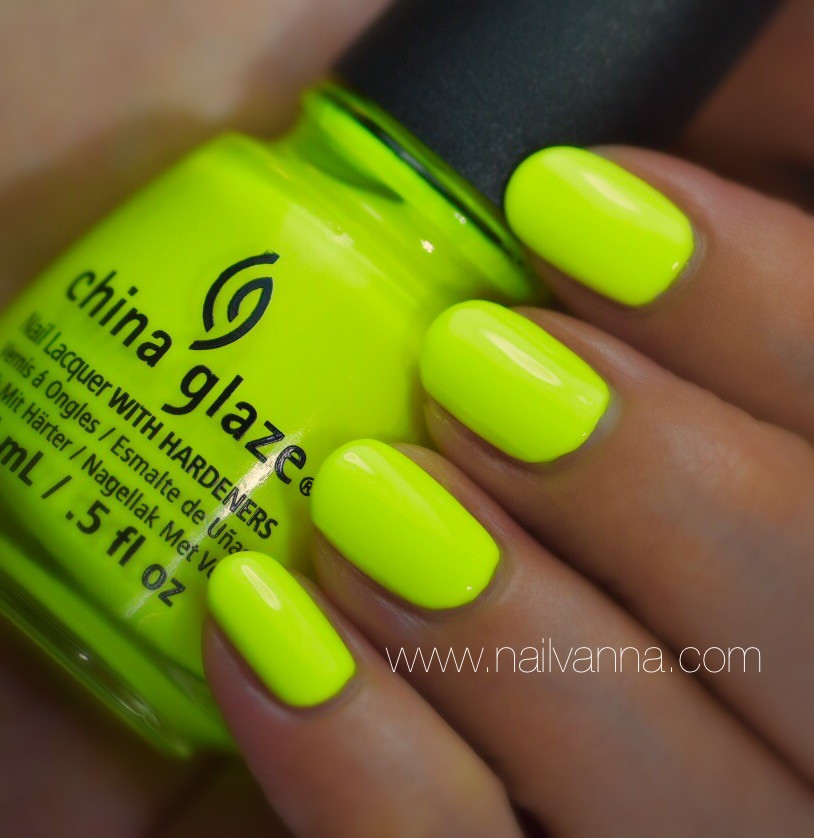 Nailvanna,nail polish reviews,lacquer,china glaze,celtic sun,neon,yellow
