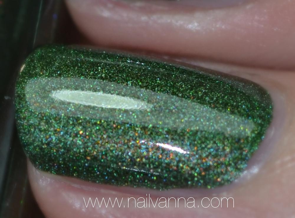 aengland,dragon,green,holographic,legends,nailvanna,review