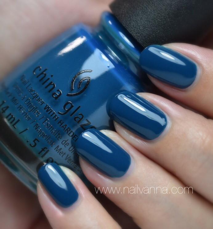Nailvanna,nail polish reviews,lacquer,China Glaze,Jagged Little Teal