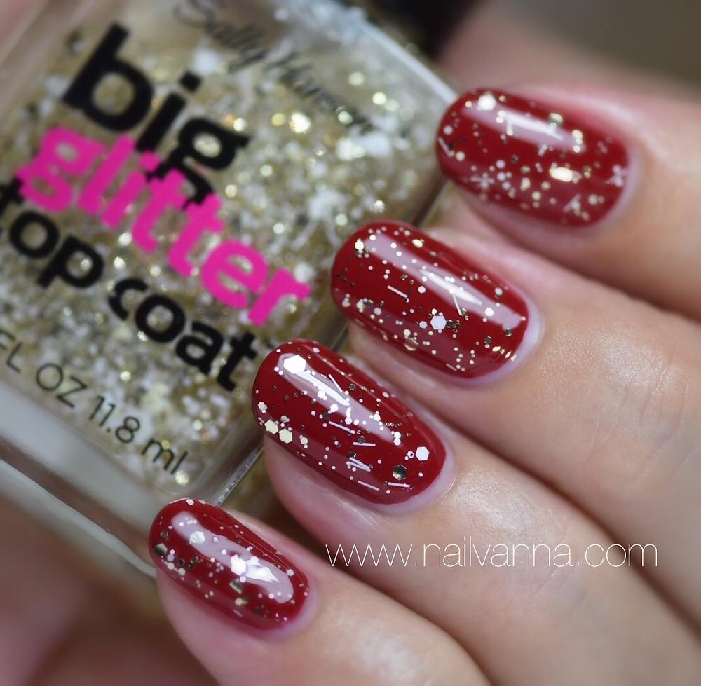 Nailvanna,nail polish reviews,lacquer,Sally Hansen,Goldi-Flecks, white and gold glitter