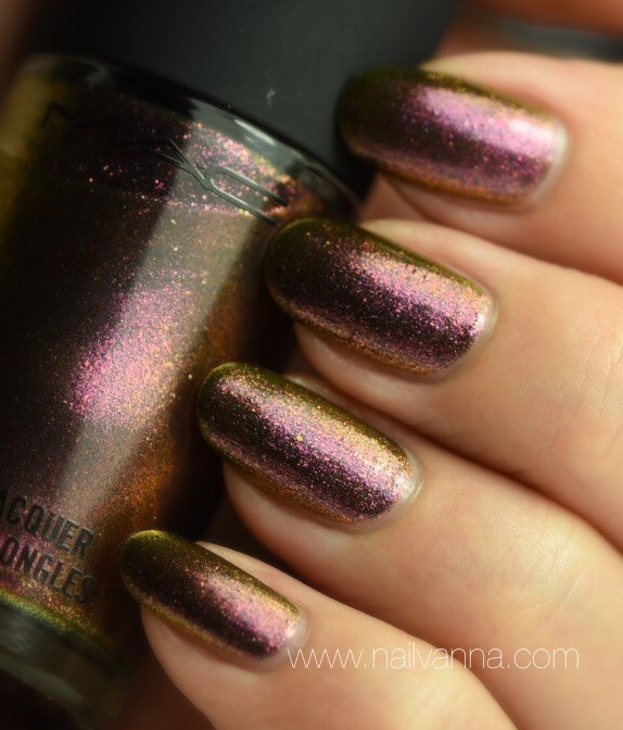 Nailvanna,nail polish reviews,lacquer,Mac,Mean & Green,