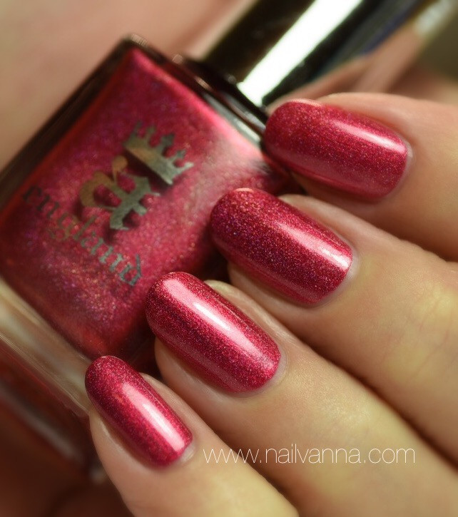 Nailvanna,nail polish reviews,lacquer,A England,Shall Be My Queen,red holo