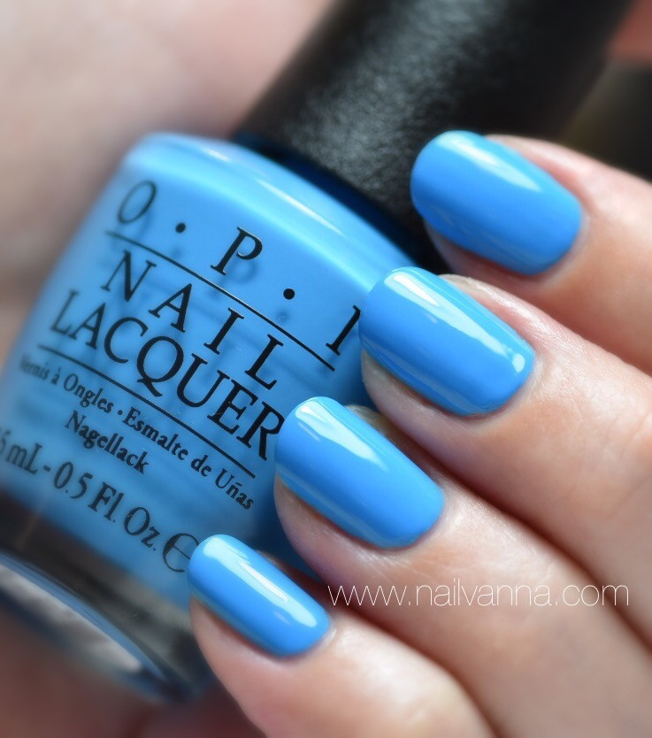 Nailvanna,nail polish reviews,lacquer,OPI,blue,Fearlessly Alice,Alice Through The Looking Glass
