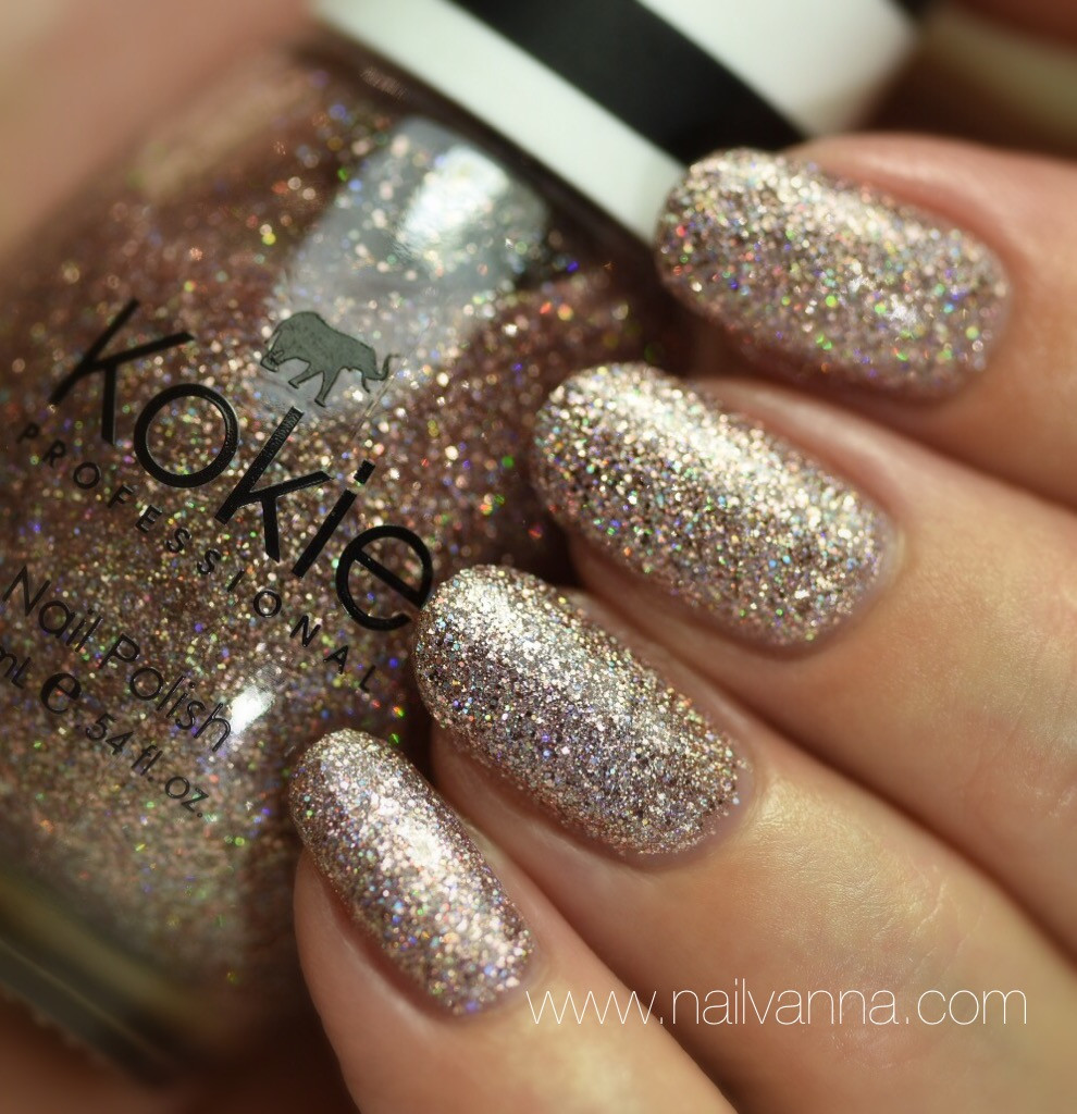 Nailvanna,nail polish reviews,lacquer,Kokie,celestial, glitter