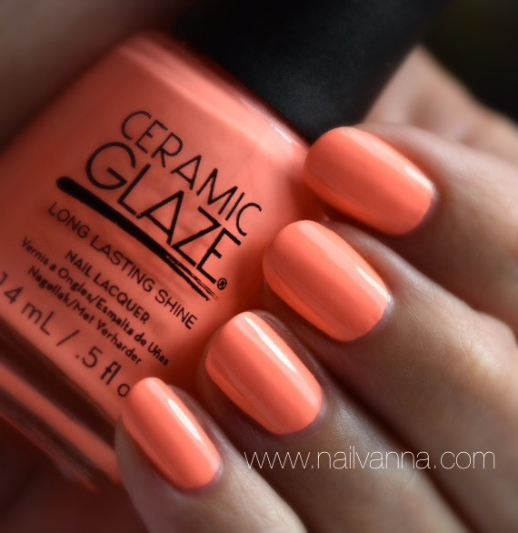 Nailvanna,nail polish review,lacquer,ceramic glaze,peach,neon