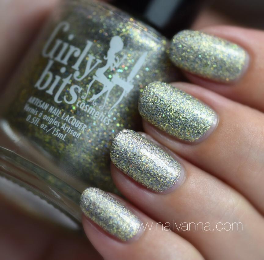 Nailvanna,nail polish reviews, lacquer,Girly Bits,Anniversary Crashers
