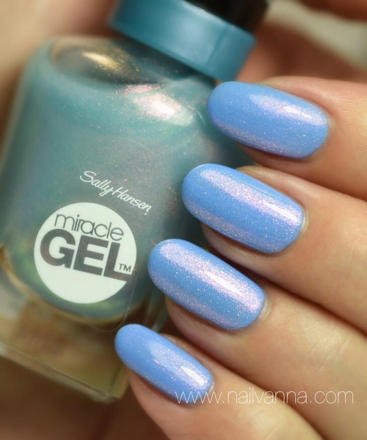 Nailvanna,nail polish reviews,lacquer,Sally Hansen,Let's Get Digital,Sinful Colors,Sail La Vie, Blue