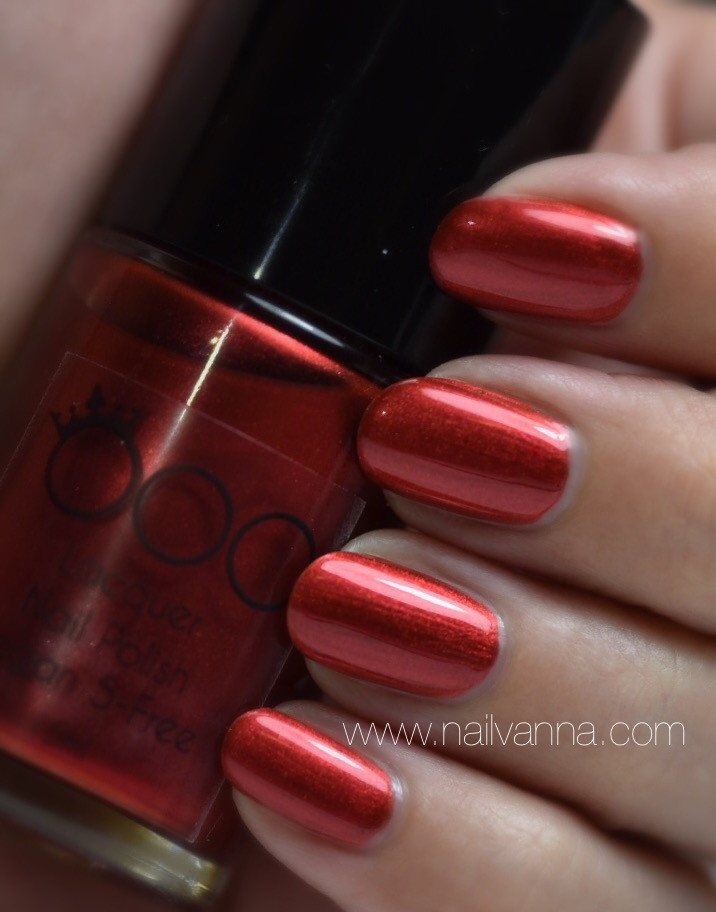 Nailvanna,nail polish reviews,lacquer,OOO Nail Polish,Oya,red