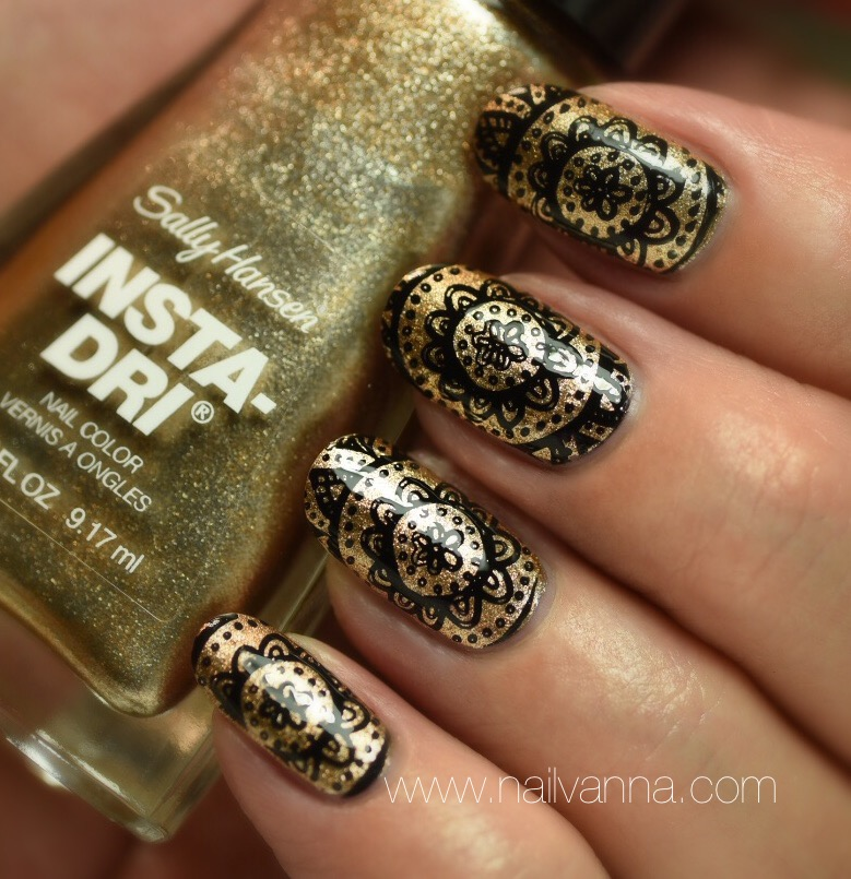 Sally Hansen Go For Gold Stamped