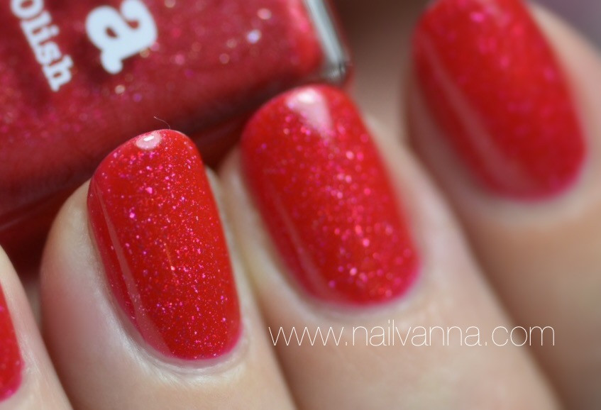 Nailvanna,nail polish reviews,lacquer,picture polish,o'hara,red
