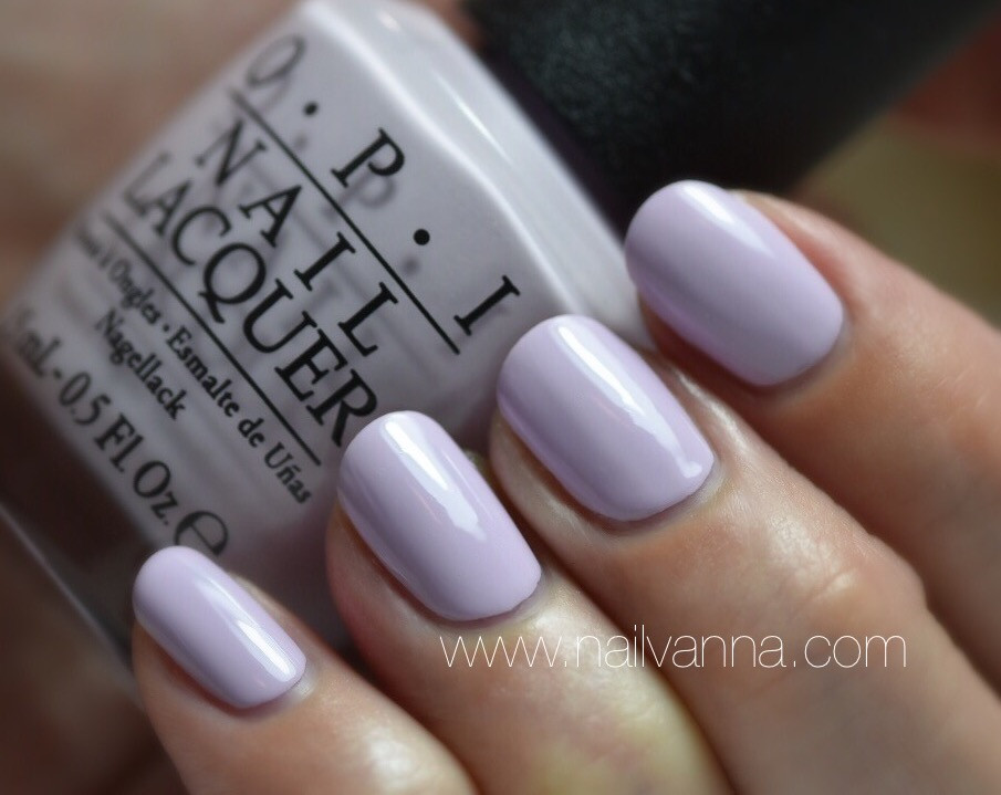Nailvanna,nail polish reviews,lacquer,OPI,I'm Gown for Anything,pastel purple,Alice Through The Looking Glass