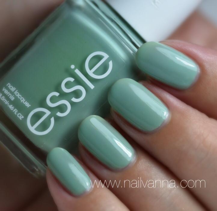 Nailvanna,nail polish reviews,lacquer,Essie, Turquoise & Caicos