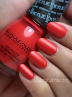 Sinful Colors Holly-Wood