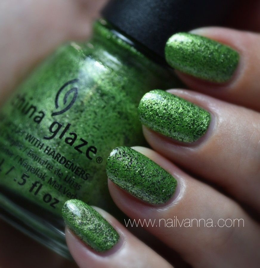 Nailvanna, nail polish reviews,lacquer, Cina Glaze But Of Corpse