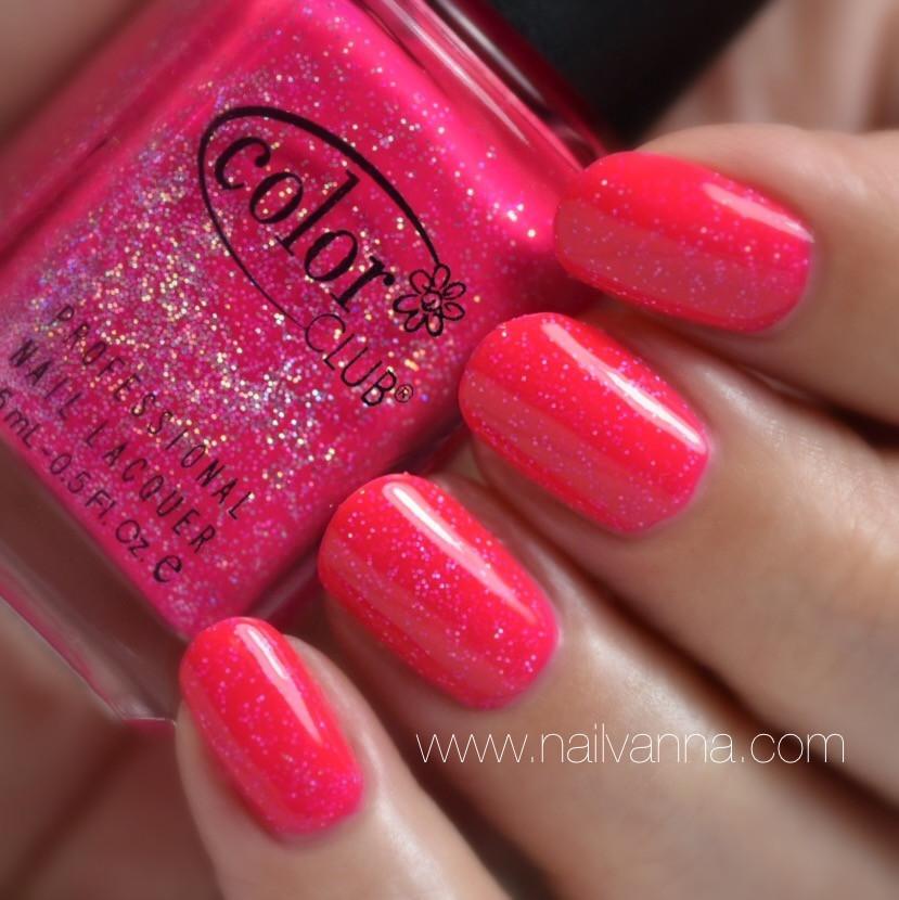 Nailvanna,nail polish review,lacquer,color club,ultra-astral,Pink,Holo