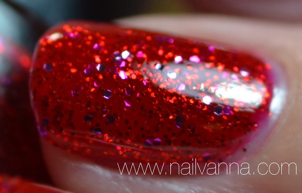nailvanna,nail polish reviews,lacquer,nyc,ruby slippers,red, glitter