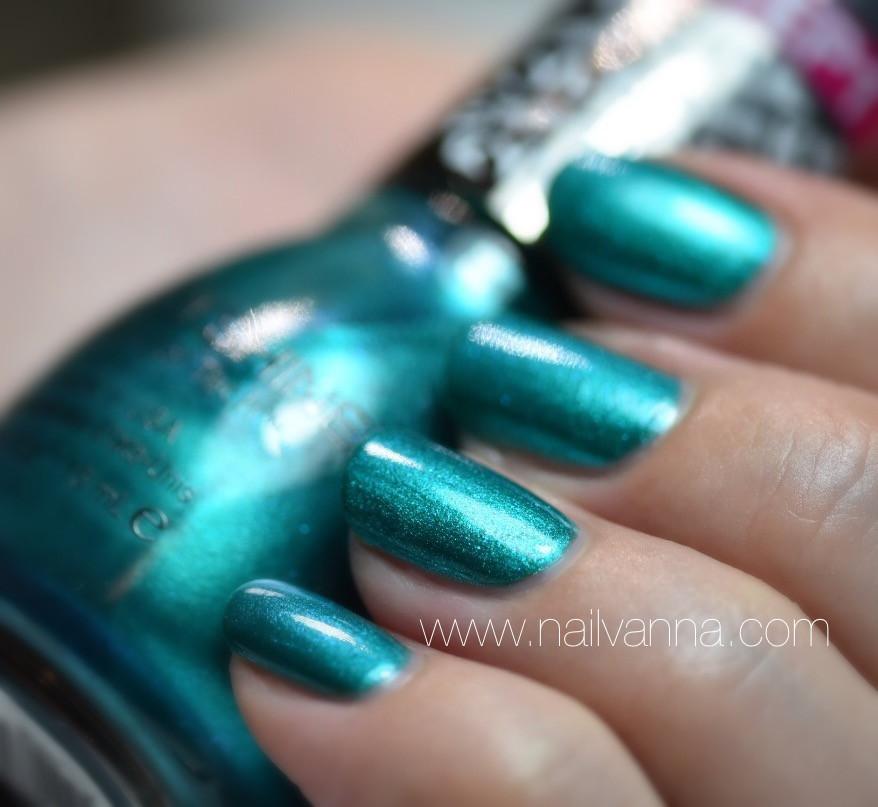 Nailvanva,Nail polish Reviews,lacquer,sinful colors,kylie jenner,kryptonite,teal,green