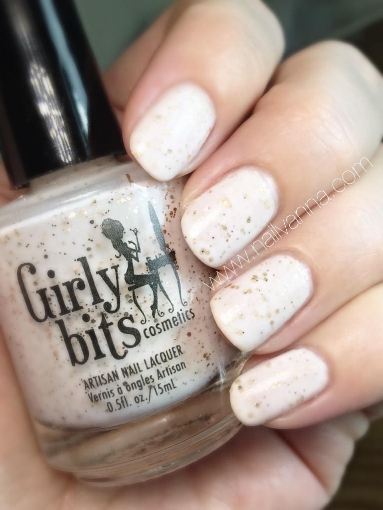 nailvanna,nail polish reviews,lacquer,girly bits, eggnogoholic, crelly