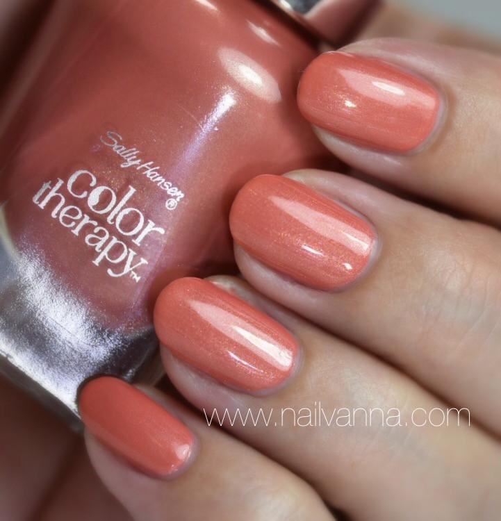 Nailvanna,nail polish reviews,lacquer,Sally Hansen,Soak At Sunset,Color Therapy