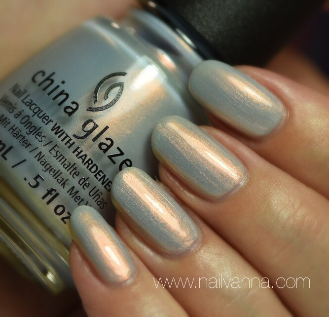 Nailvanna,nail polish reviews,lacquer,China Glaze,Pearl Jammin',Rebel,