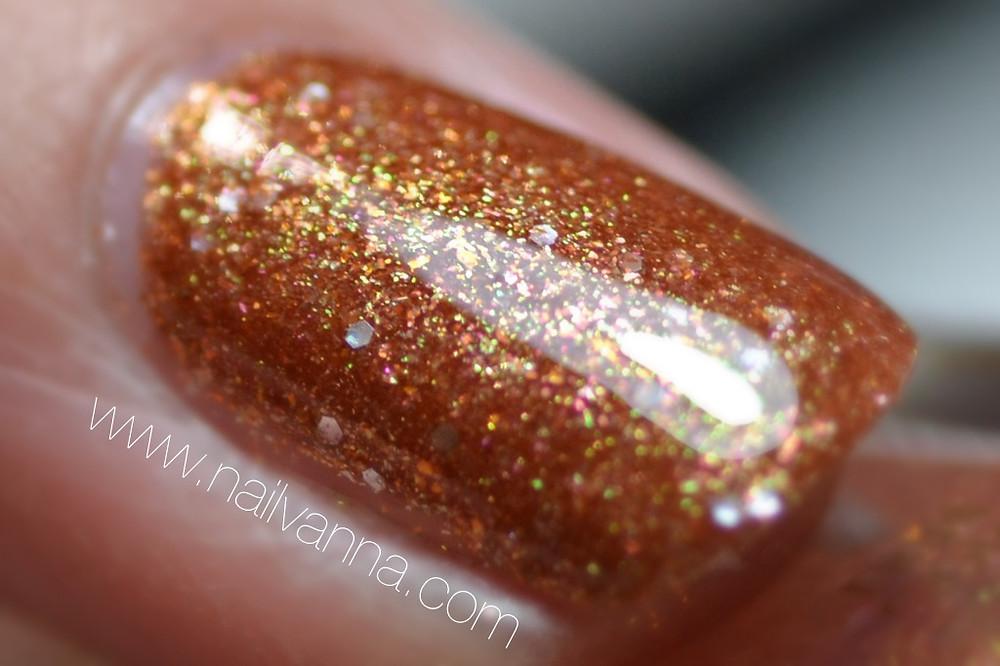 nailvanna, lacquer, nail polish, review, l'oreal, i like it chunky, orange glitter