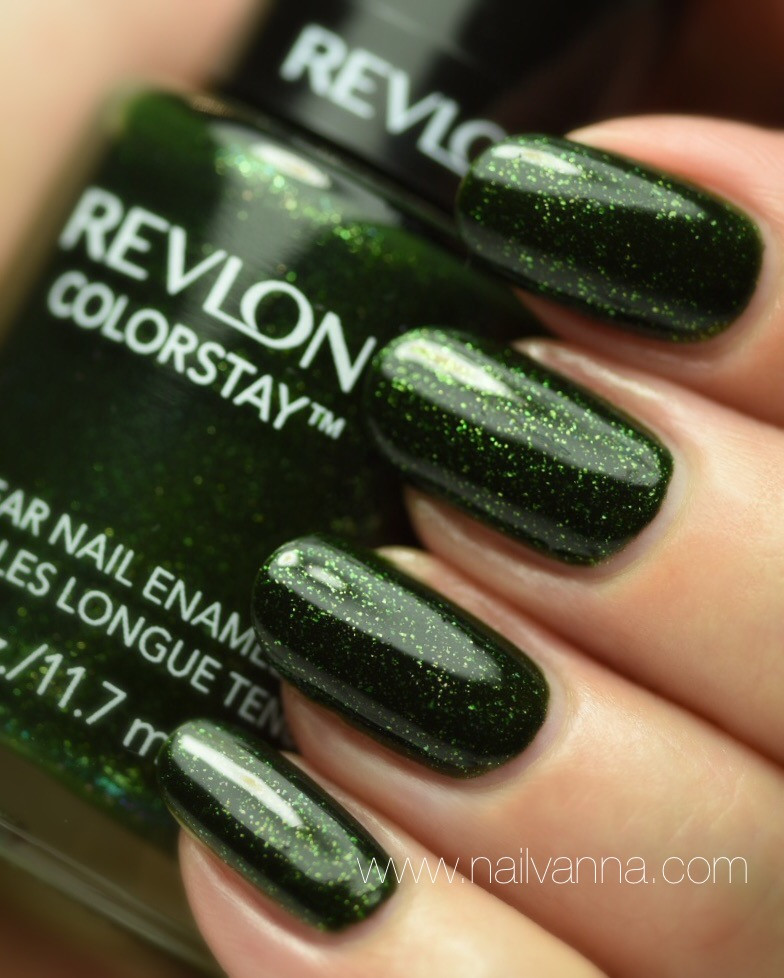 Nailvanna,nail polish reviews,lacquer,Revlon,Rain Forest,green glitter,wicked