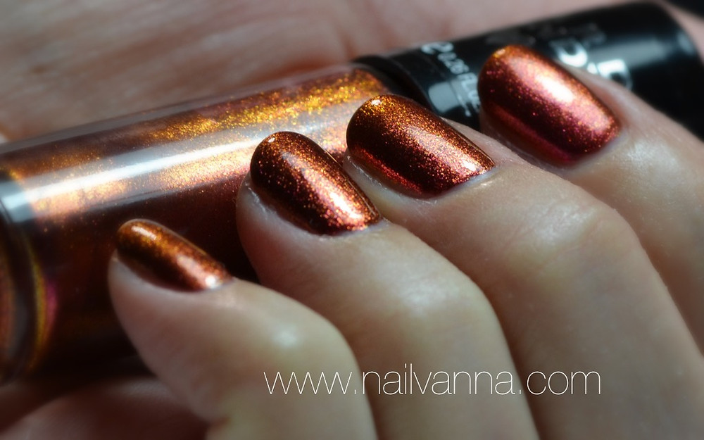 Nailvanna,nail polish reviews,lacquer,hard candy,crush on lava,duo chrome,foil,