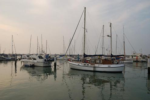 TR_lymington harbor.jpg