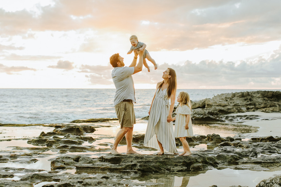 Sunset Family Photo Session in Koolina | Oahu Family Photographer