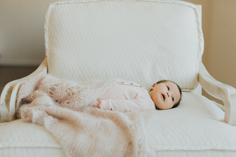 When is the best time to photograph a newborn?