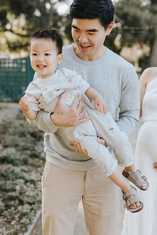 Maternity Photoshoot Clothing Ideas