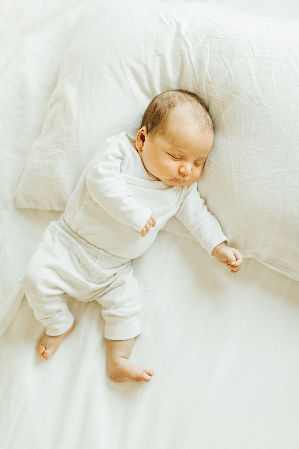 Lifestyle Newborn Photographer in Palo Alto