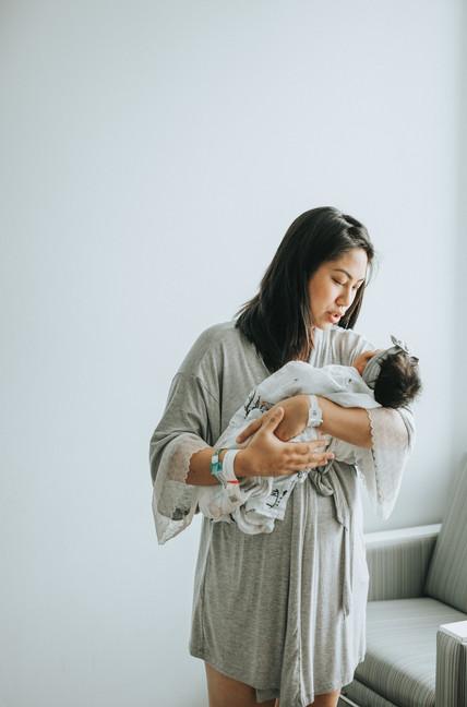 Oahu Newborn Photographers